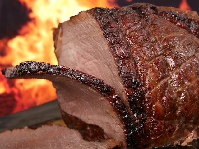 Мясо запеченное куском