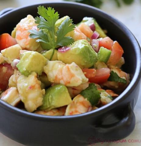Салат из картофеля и авокадо