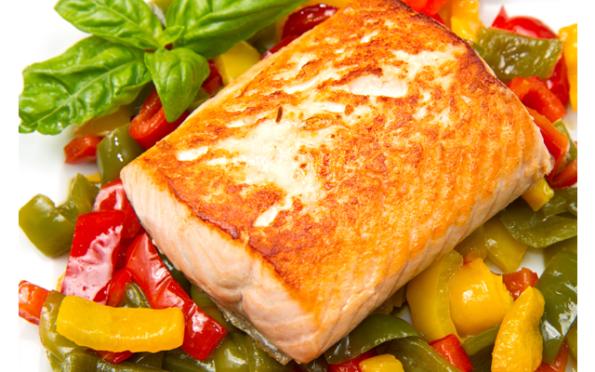 Запеченная тилапия с овощами в духовке
