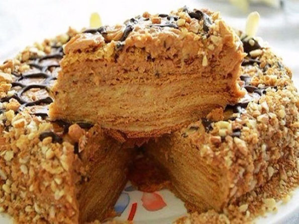 Медовый торт с заварным кремом