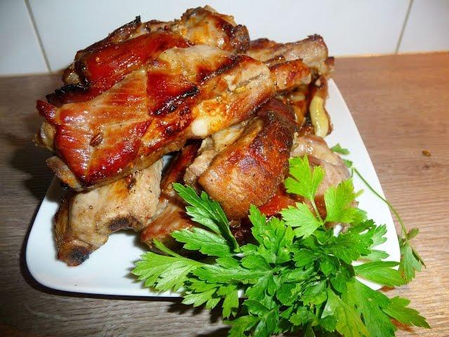 Ребрышки свиные, запеченные в пиве