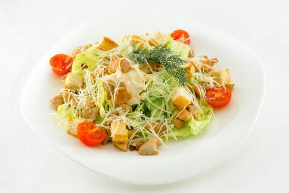 Необычный салат «Цезарь»