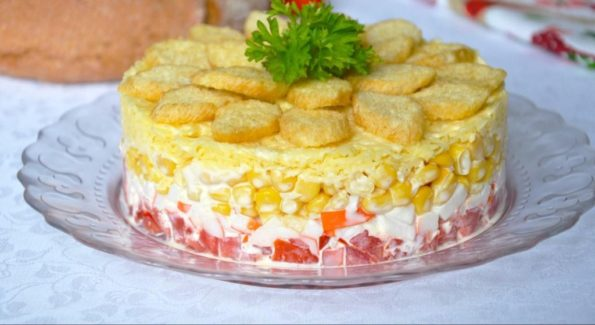 Салат Коррида - рецепт с фото с сухариками