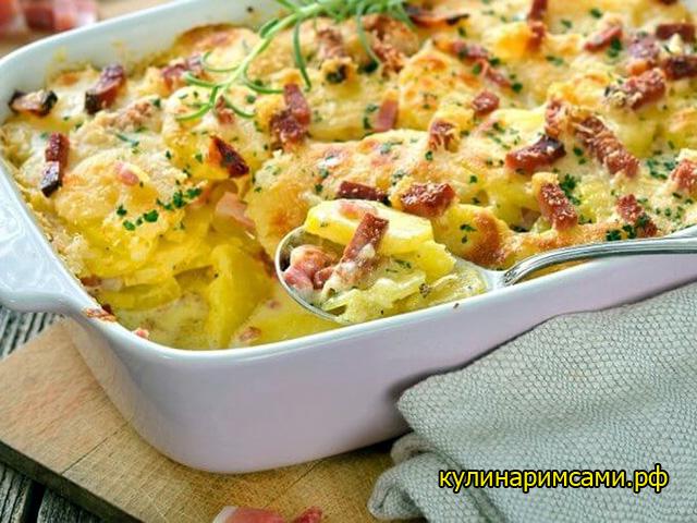 Запеканка из картофеля с сосисками