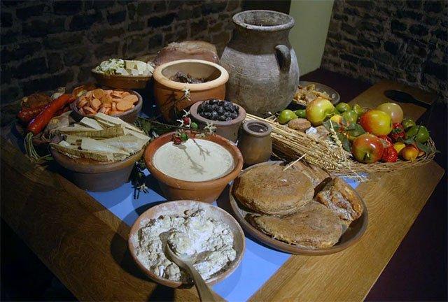 ем предпочитали завтракать древние римляне?