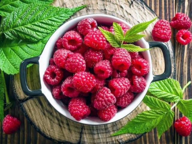 Чем полезна для здоровья малина?