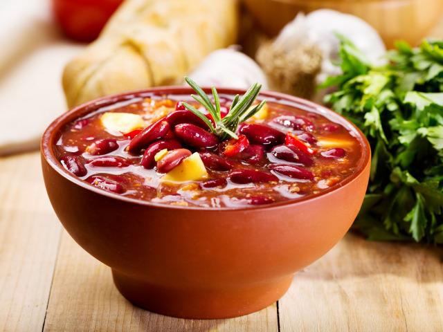 Шешамади - суп из красной фасоли по-грузински
